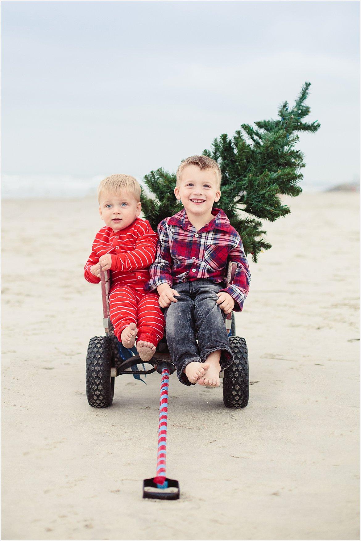 Christmas On The Beach Carlsbad San Diego Family