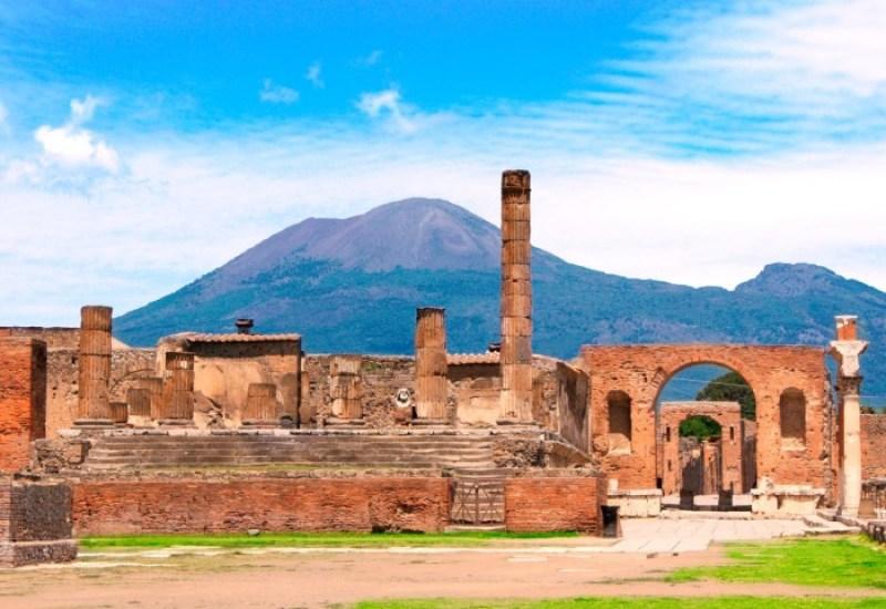 Pompeii, Italy   Courtesy of dkfindout.com