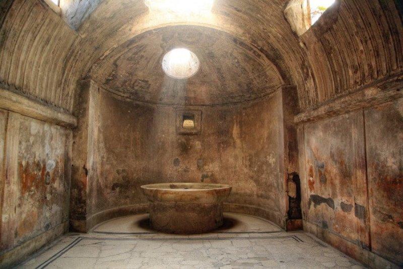 Pompeii Bath House   Courtesy of gordonfamilyrtw.com