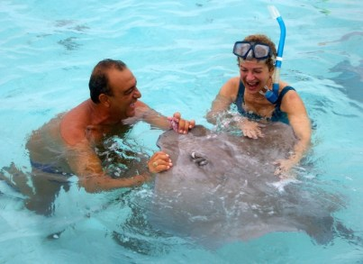 Halon gets up close and personal with a ray.