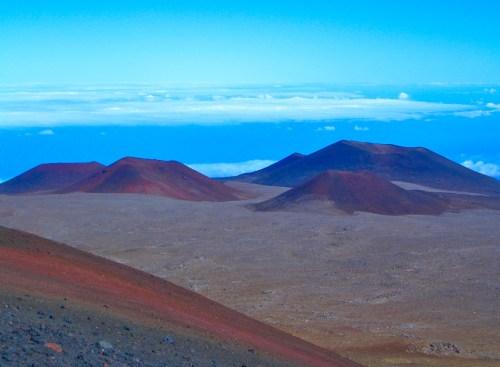 Mauna Kea mars-scape & clouds_HAW12-05 006