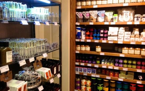 shelves_4069