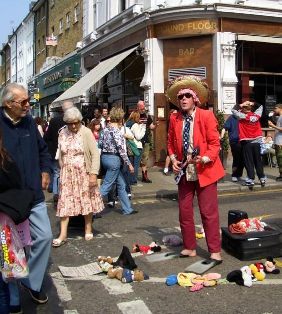 street performer_4-16-07