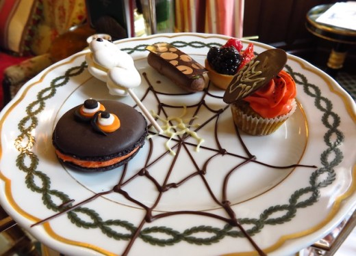 Halloween-themed cookies and cakes