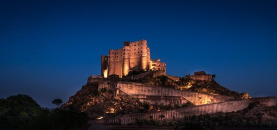 Alila Fort Bishangarh presides over the countryside in Jaipur, India. Courtesy Alila Fort Bishangarh