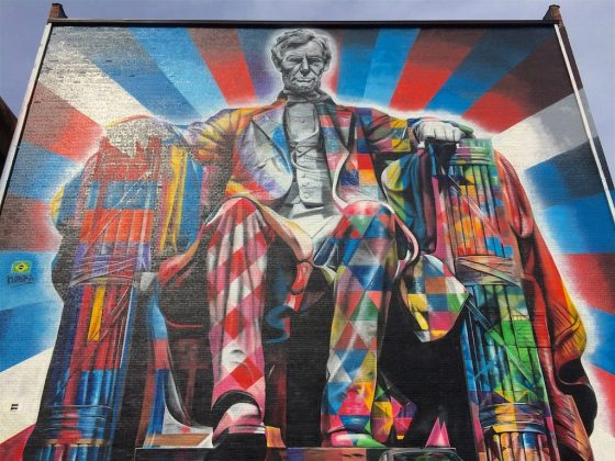 Psychedelic mural of Abe Lincoln in Lexington, Kentucky
