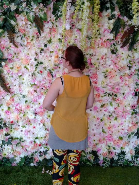 floral backdrop photography