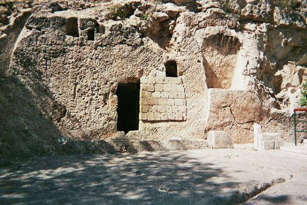 Garden Tomb in Jerusalem, Wikipedia user Djampa