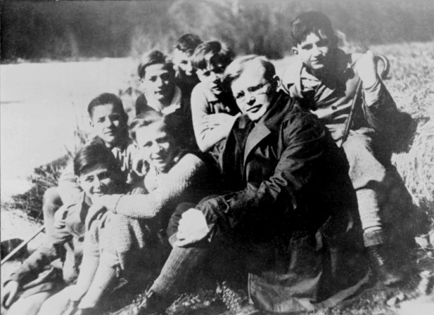 Dietrich Bonhoeffer (front) with a group of students in 1932, the year the Nazi Party received the largest amount of seats in German elections. It was the last election they would hold. Photo from the German Bundesarchiv.
