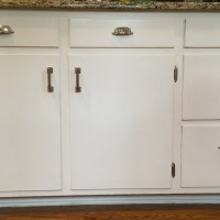 What Not to Wear:  Kitchen Cabinet Edition