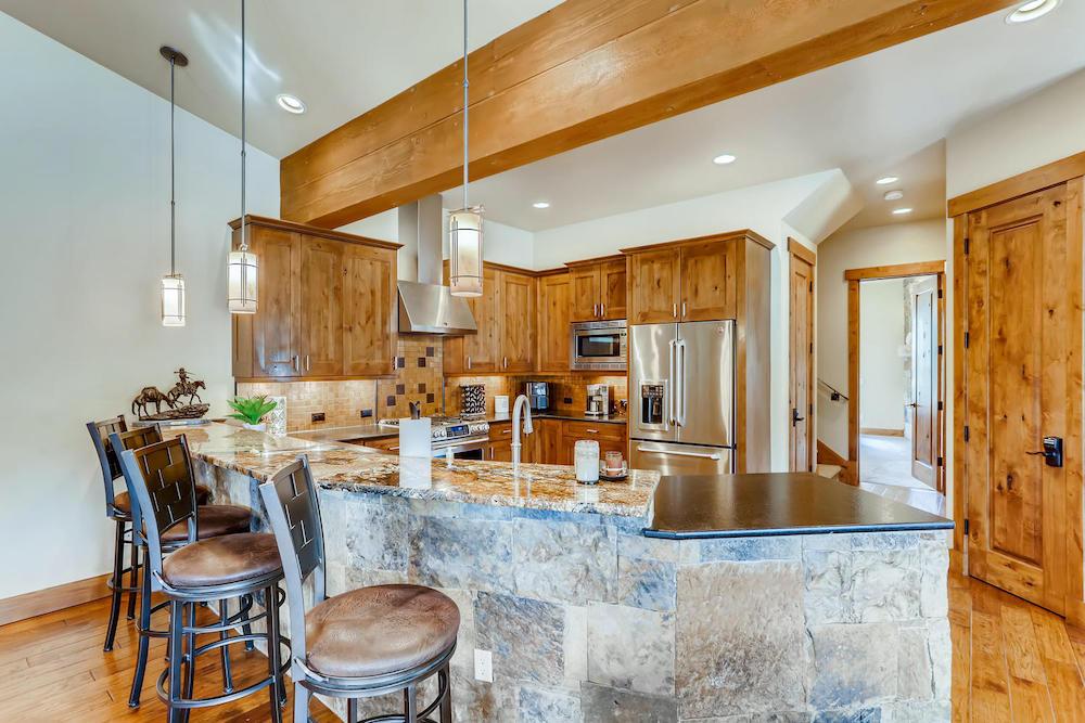 312 Shores Breckenridge CO-large-011-012-Kitchen-1500x1000-72dpi