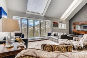 5 Bedroom Keystone Condo for Sale 1