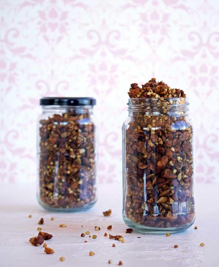 http://amysavagenutrition.com/recipe/overnight-pear-oats/