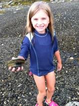 Raffey finds a clam