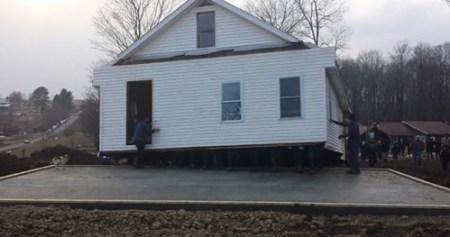 amish-house1