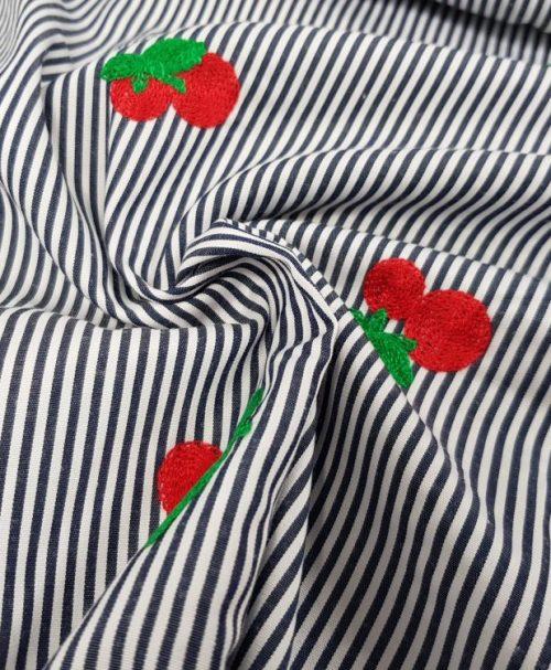 Cherry Stickerei