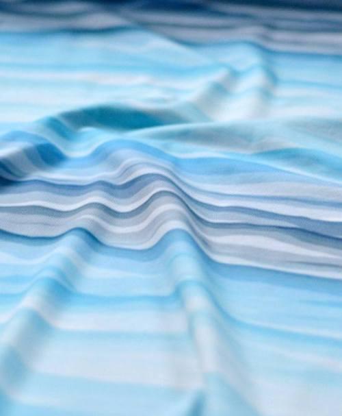 VORBESTELLUNG Jersey Wavy Stripes by lycklig design blau