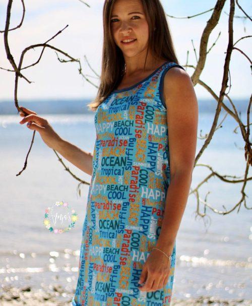 Jersey Surfing Schrift türkisblau by Evelyn Lisi Design