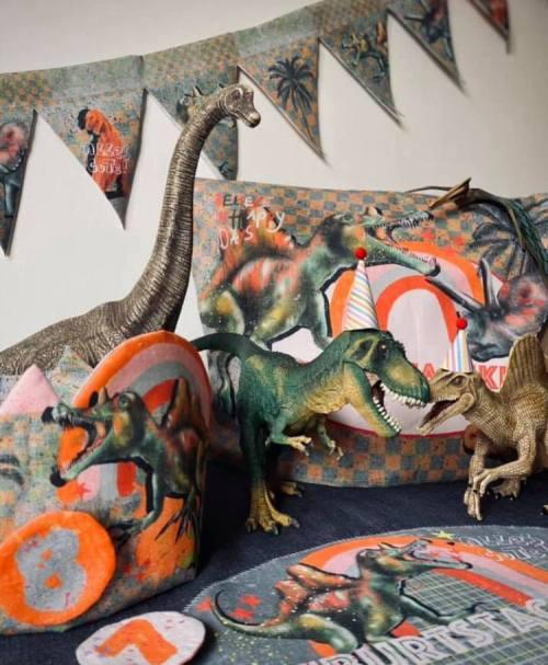 Lillestoff Webware Poplin Mein Dino Geburtstag