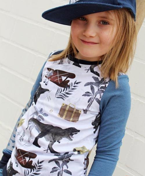 VORBESTELLUNG Amy&Luke BIO-French-Terry Dinosaur Explorer