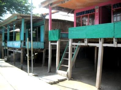 Bugis House Style