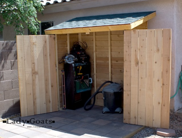 Ana White   Build a Small Cedar Fence Picket Storage Shed   Free and ...