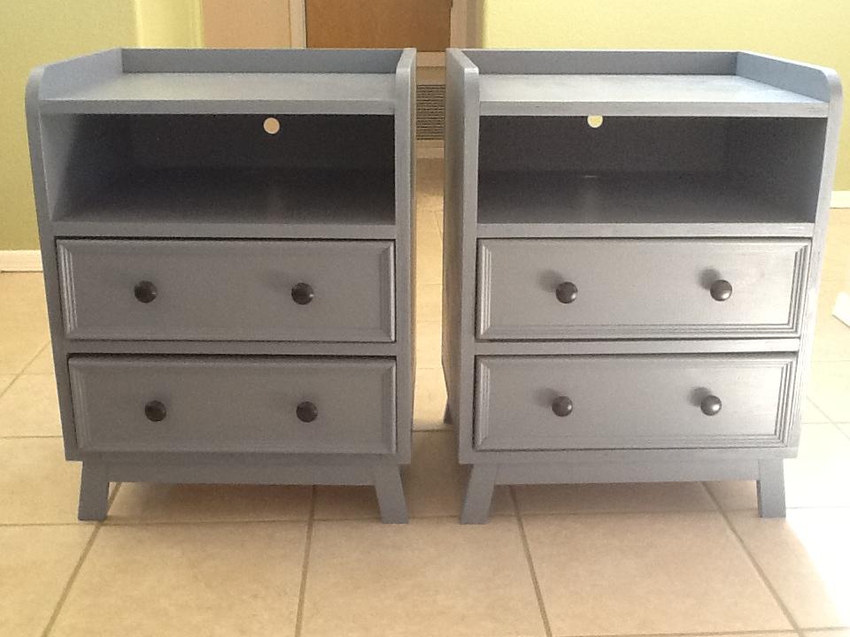 Two Drawer/Shelf Modern Nightstand - DIY Projects