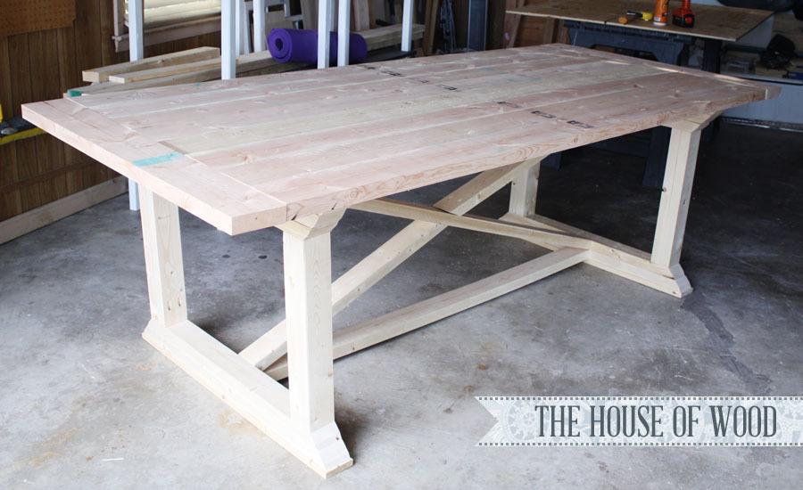 Rekourt Dining Table - DIY Projects