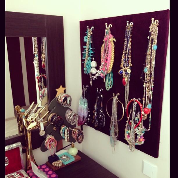 my new handmade jewelry stand