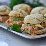 buffalo ranch chicken sliders with plantain buns