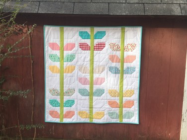 Morning Glory Miniquilt / anabelula.wordpres.coms