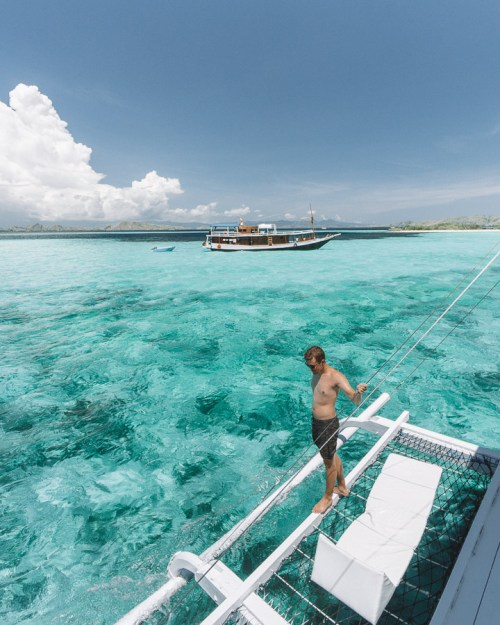 TAKA MAKASSAR ISLAND