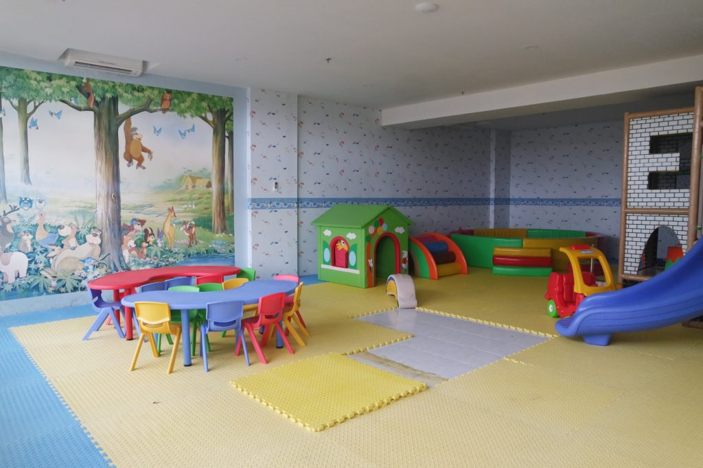 Playroom_facilities