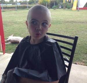 Madi gives Rahn a haircut