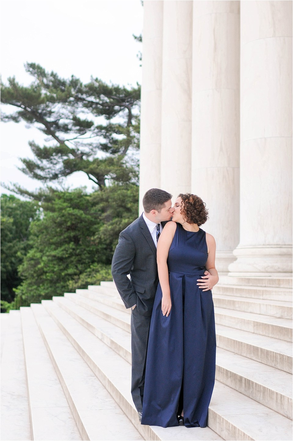 Classic Washington DC engagement session at the Jefferson Memorial14