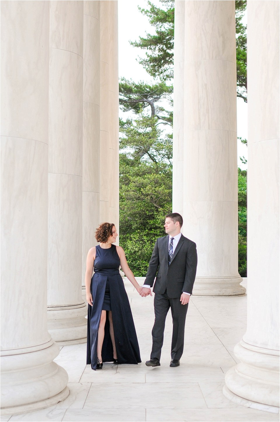 Classic Washington DC engagement session at the Jefferson Memorial30