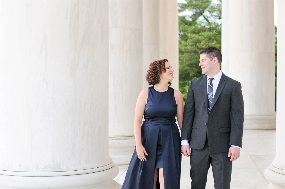 Classic Washington DC engagement session at the Jefferson Memorial31