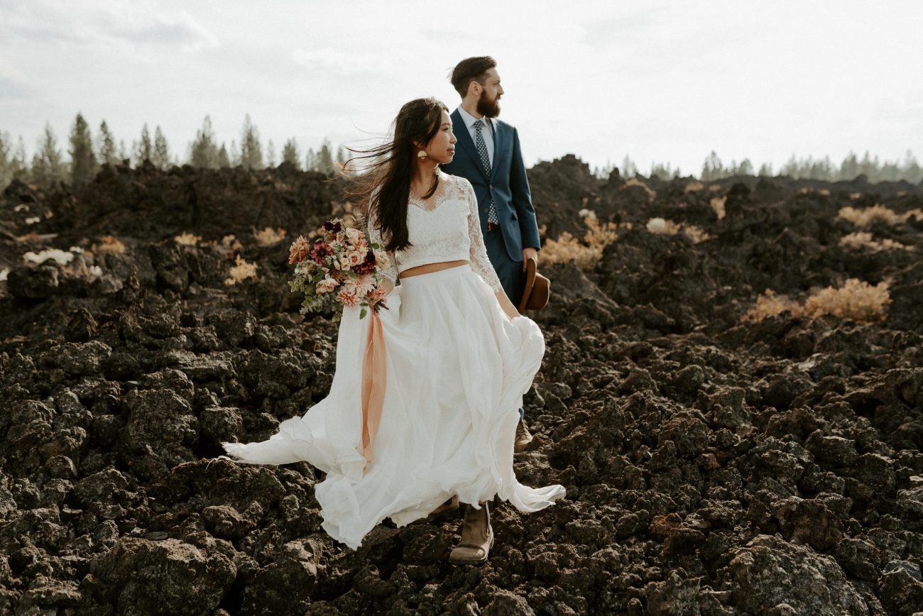 How to plan your elopement timeline. Bend Newberry Volcano Elopement Bridal Session Bend Wedding Photographer Anais Possamai Photography