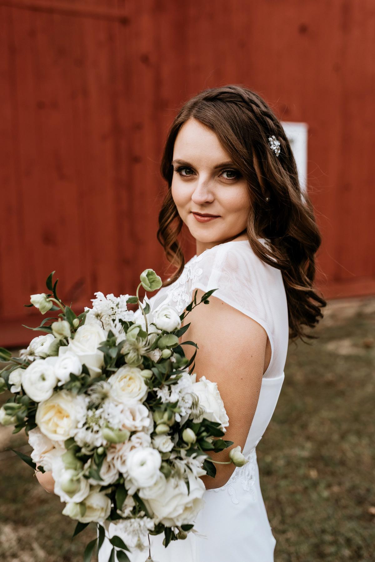 34 Vermont Wedding Photographer The Inn At Glencairn Barn Wedding Inspiration Winter Elopement Intimate Wedding