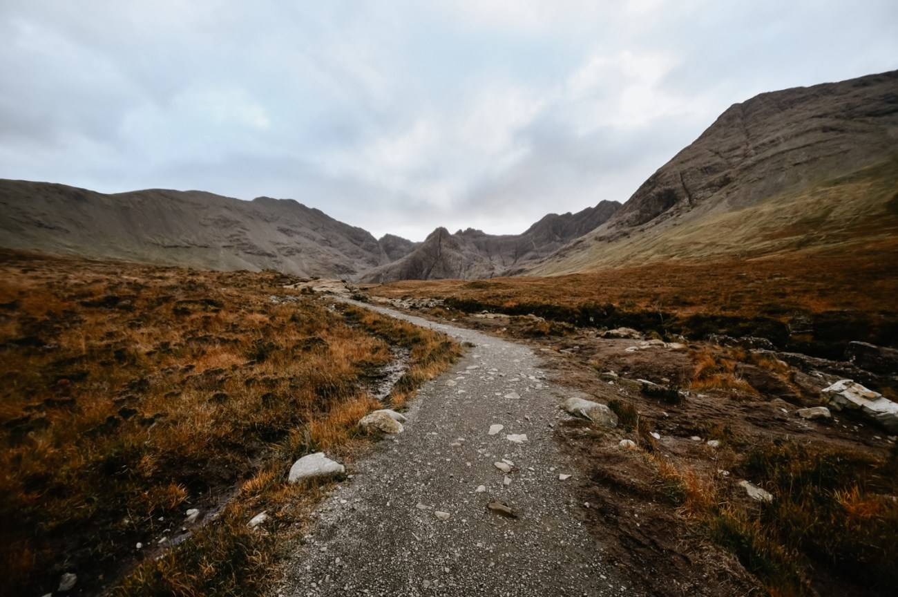 44 Isle Of Skye Elopement Photographer Scotland What To Do Isle Of Skye Scotland Adventurous Elopement