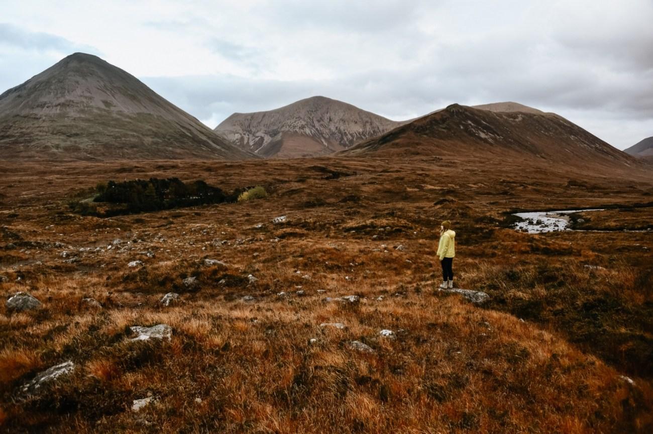 51 Isle Of Skye Elopement Photographer Scotland What To Do Isle Of Skye Scotland Adventurous Elopement