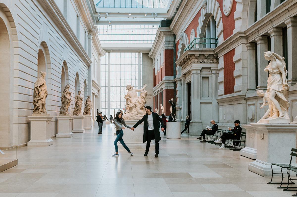 Nyc Wedding Photographer The Metropolitan Museum Of Art Nyc Engagement Session The Metropolitan 31