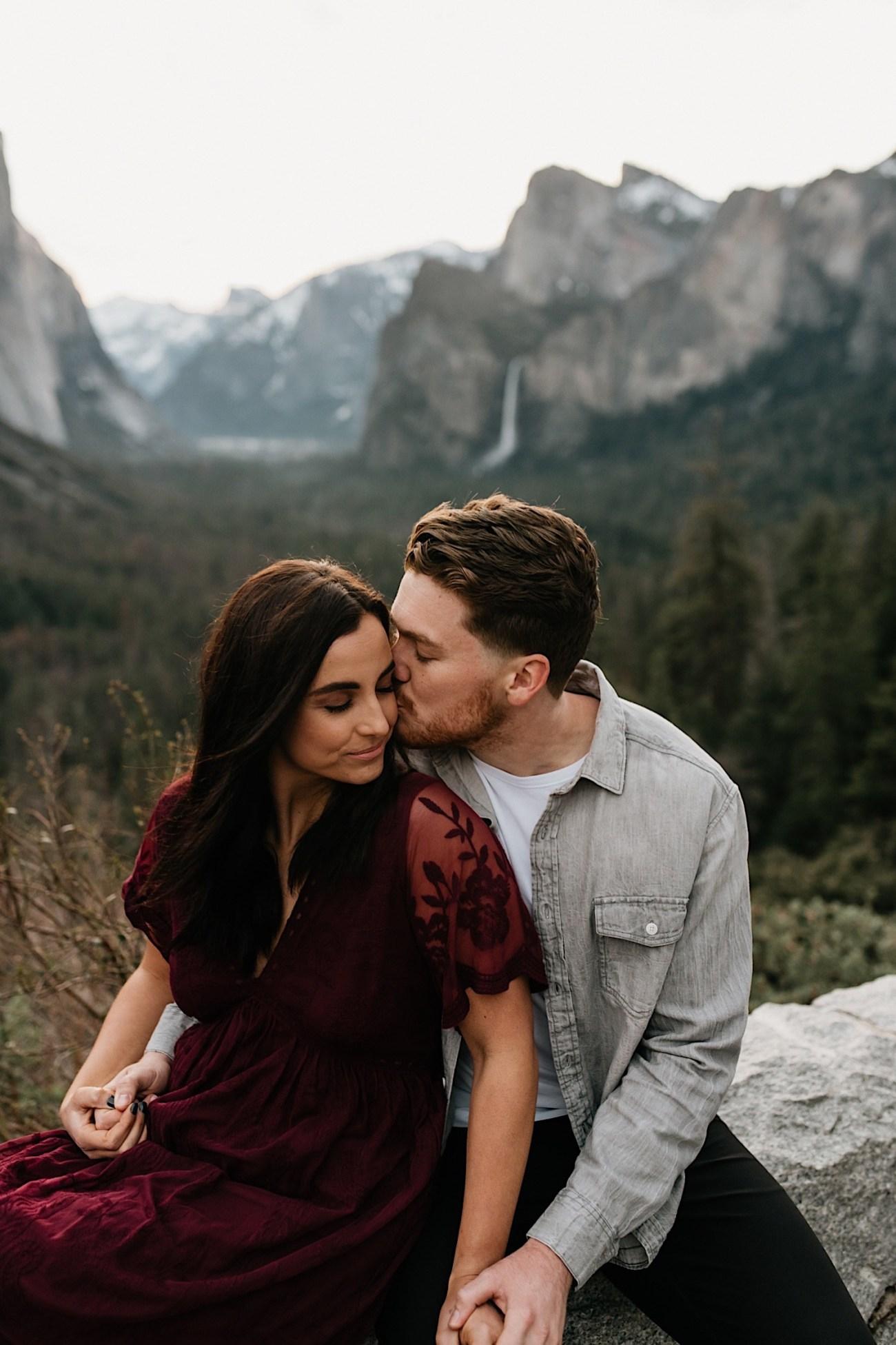 Yosemite National Park Enagement Session California Wedding Photographer 04