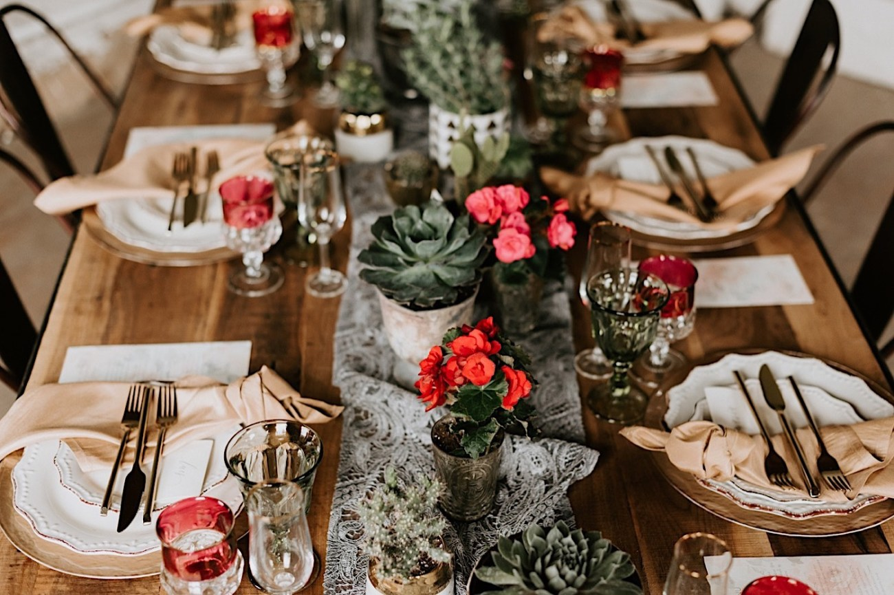 Hacienda Wedding inspiration. Wedding reception inspiration. Wedding tablescape details. Weddind reception tables. Barnsley Manor Wedding Venue. Philadelphia wedding venue. Philadelphia wedding photographer. Anais Possamai Photography
