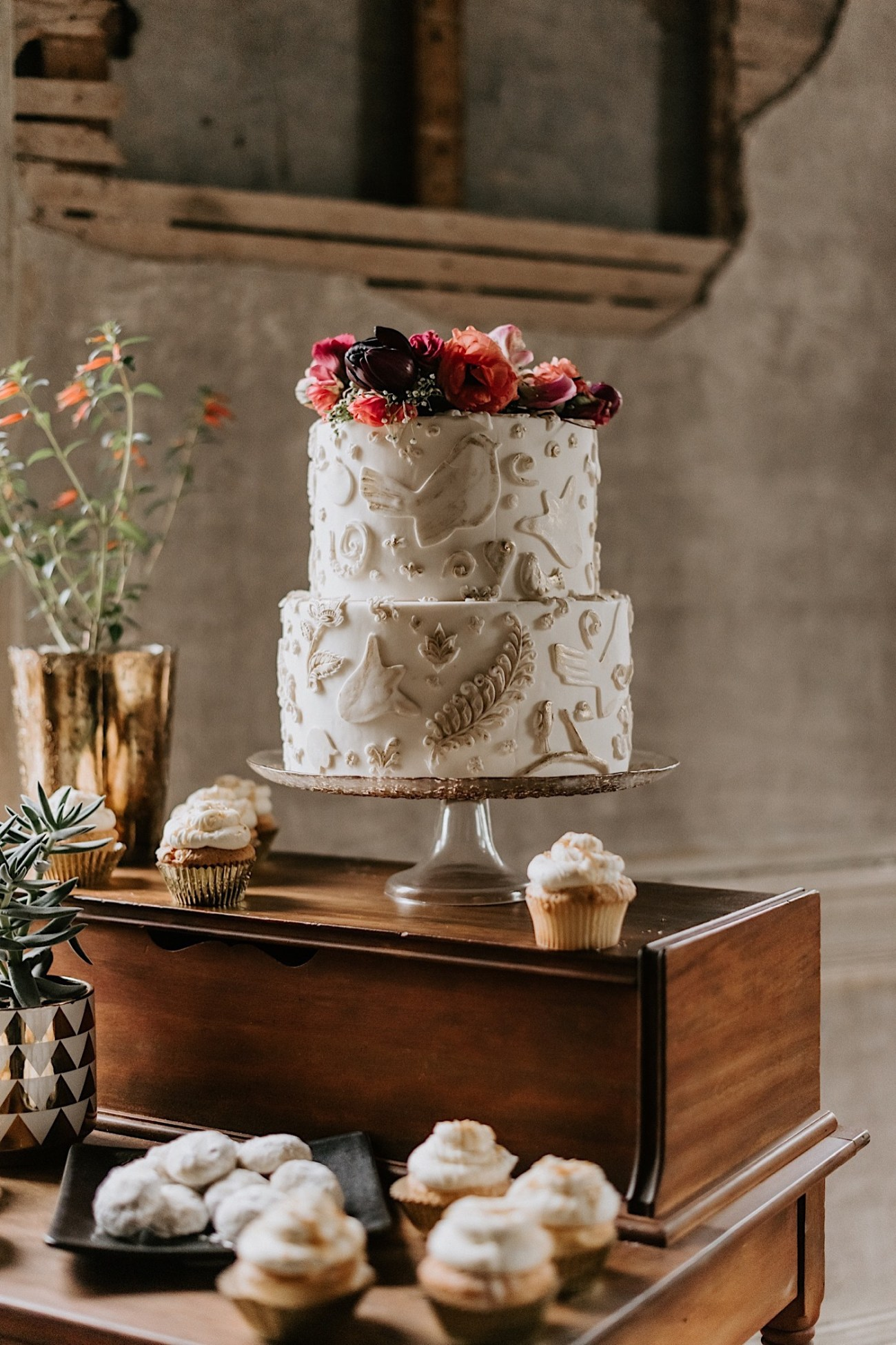 Romantic Phildalephia Wedding Photographer Philadelphia Wedding Venue Barnsley Manor Wedding 50