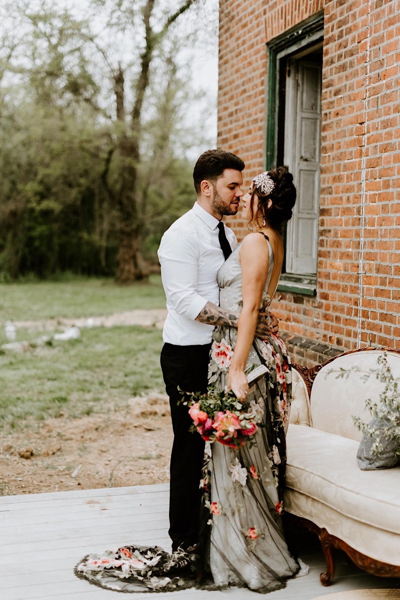 Romantic Phildalephia Wedding Photographer Philadelphia Wedding Venue Barnsley Manor Wedding 52