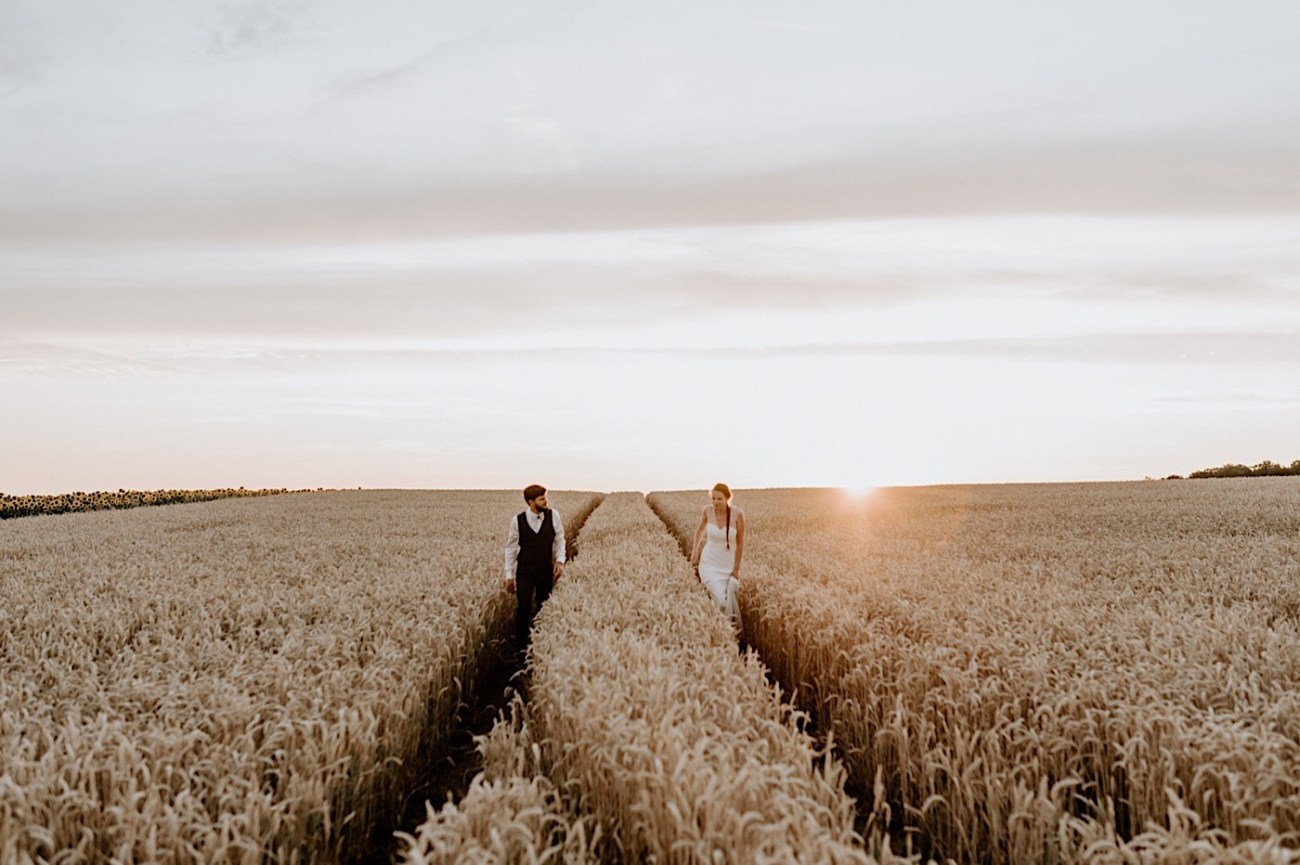 France Wedding Wheat Field Wedding Photos Paris Wedding Photographer 043