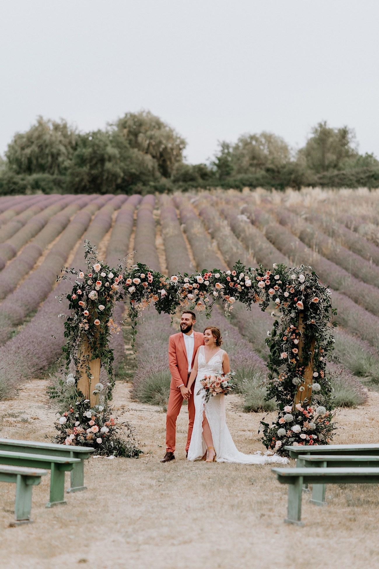 Terre Ugo Un Marriage En Provence Lavender Field Wedding French Wedding Provence Wedding Destination Wedding France Photographe De Marriage Provence France Anais Possamai Photography 23