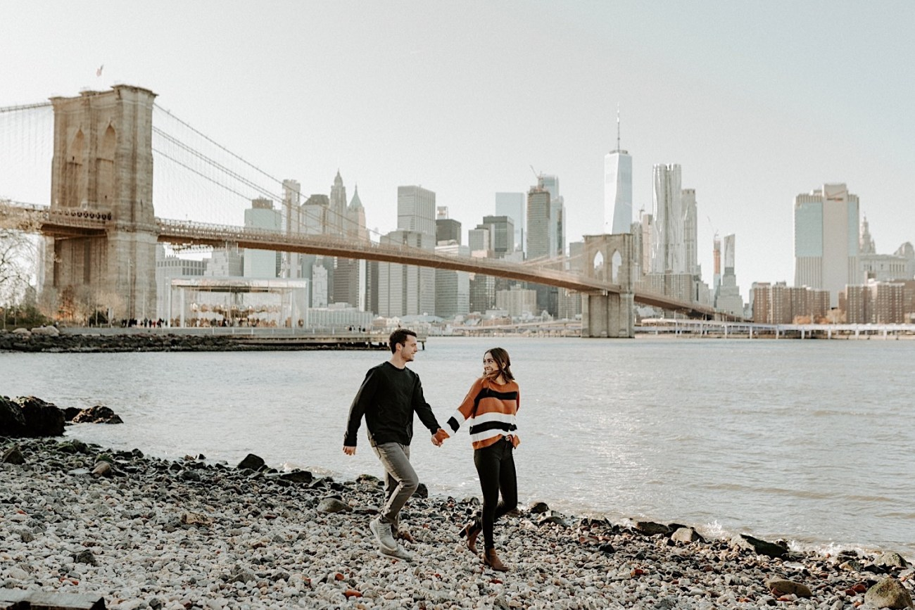 Dumbo Brooklyn Couple Session New York Wedding Photographer Fall Engagement Session NYC Engagement Photos 001