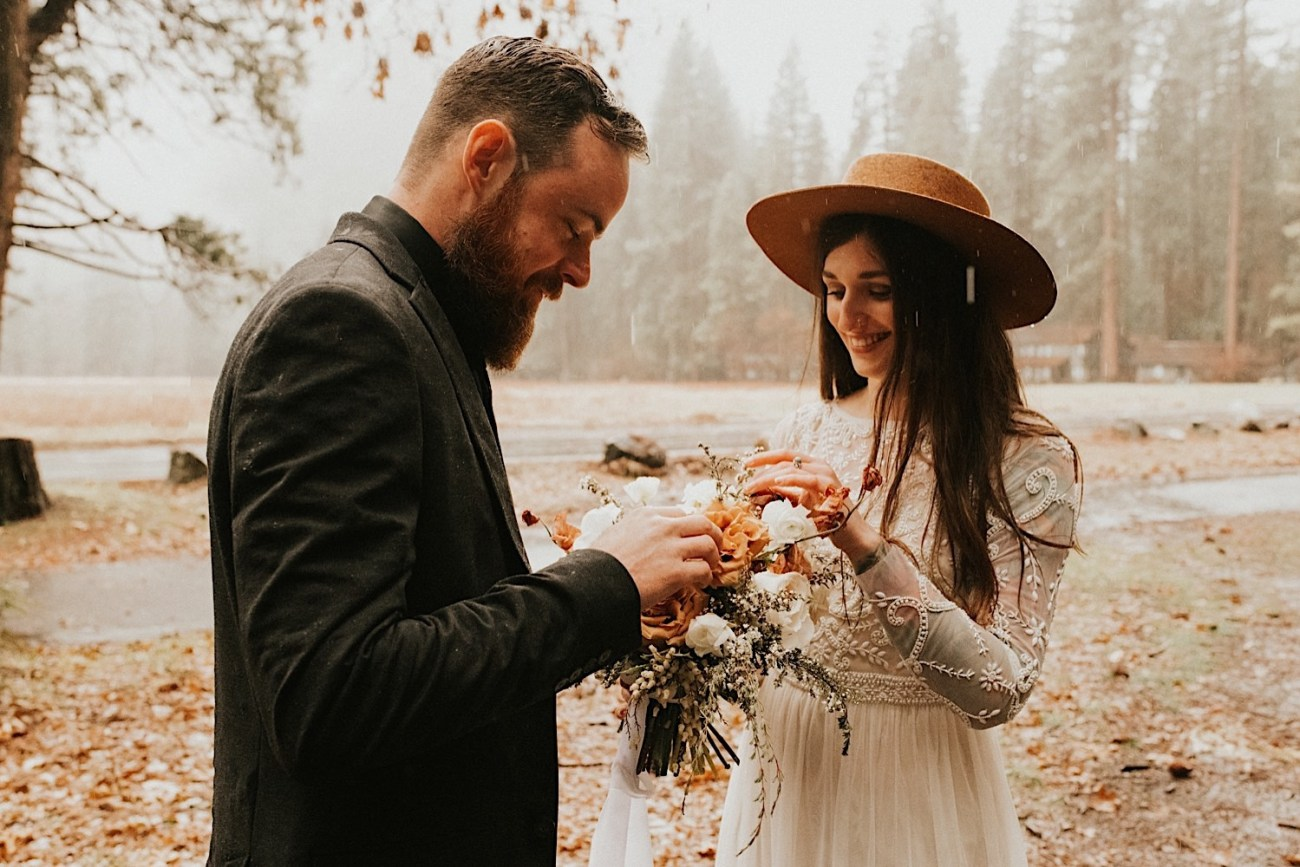 Reasons Why You Should Elope Top Reasons To Elope Elopement Photographer Yosemite National Park Elopement 005